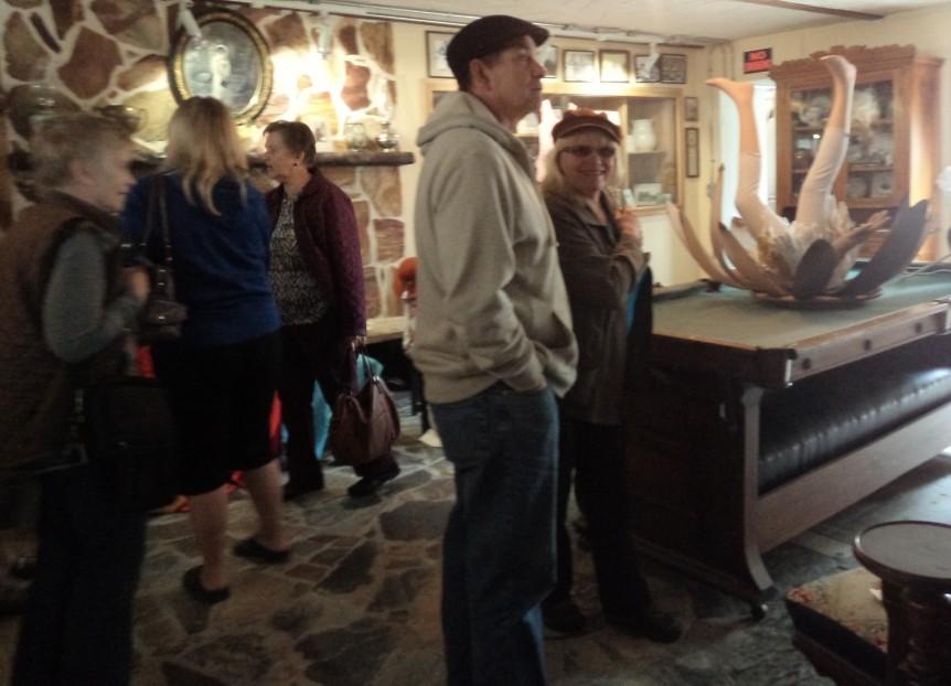 Irwin and the Retro Girls at Creston Museum